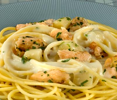 Spaghetti ao Molho de Aspargos com Salmão Grano Duro Adria