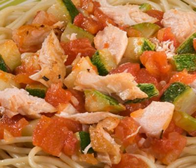 Espaguete ao Azeite com Salmão e Abobrinha Adria