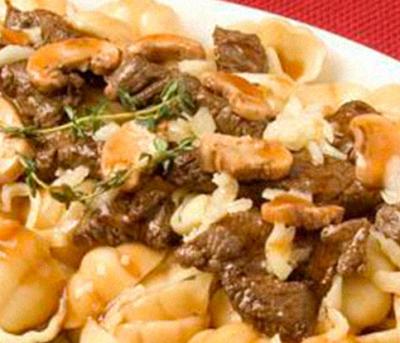 Nhoque ao Molho de Carne com Champignon Adria