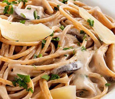 Espaguete com Shitake ao Balsâmico