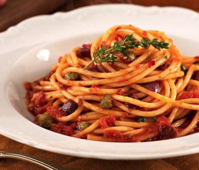 Spaghettoni alla Puttanesca
